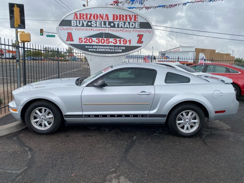 Ford Mustang 2006 price $5,999