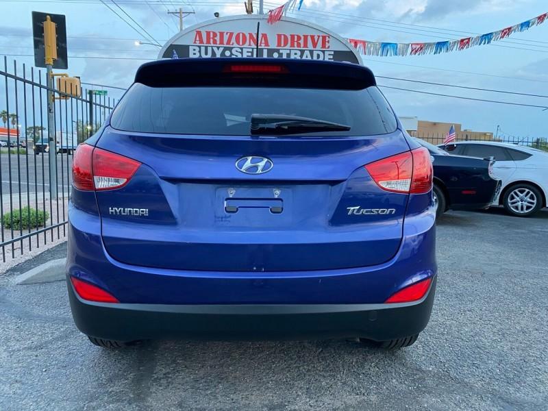 Hyundai Tucson 2013 price $11,999