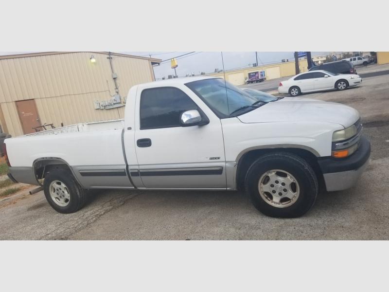 Chevrolet Silverado 1500 2000 price $1,500