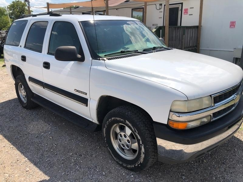 Chevrolet Tahoe 2001 price $2,500 Cash