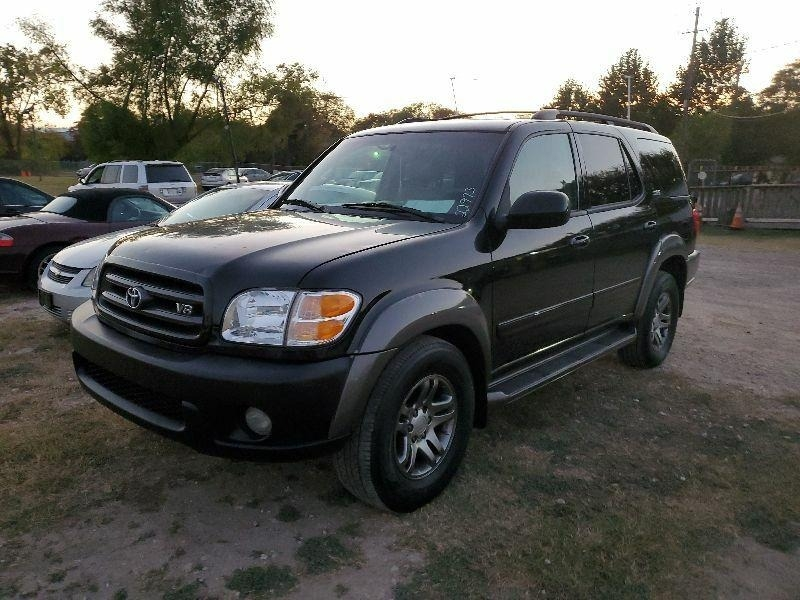 Toyota Sequoia 2004 price $4,400 Cash