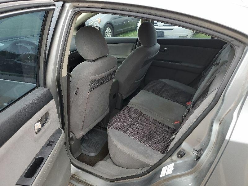 Nissan Sentra 2007 price $2,400 Cash