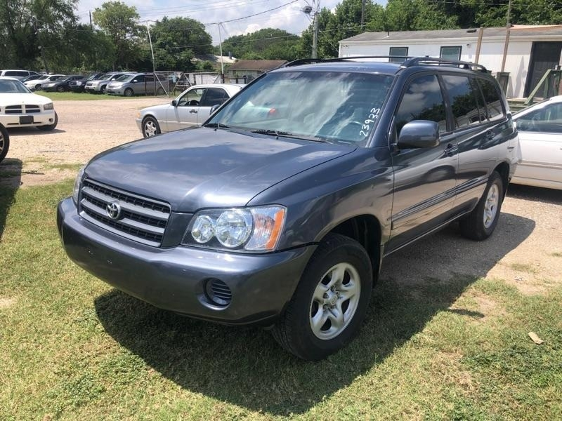 Toyota Highlander 2003 price $4,800 Cash