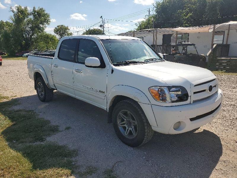 Toyota Tundra 2006 price $7,900 Cash