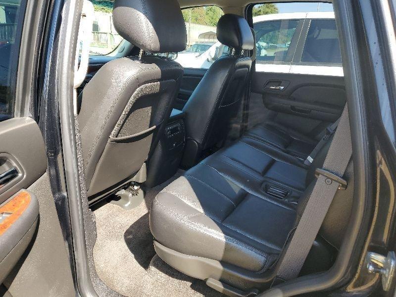 Chevrolet Tahoe 2010 price $8,900 Cash
