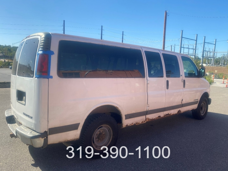 Chevrolet Express Van 2001 price $1,700