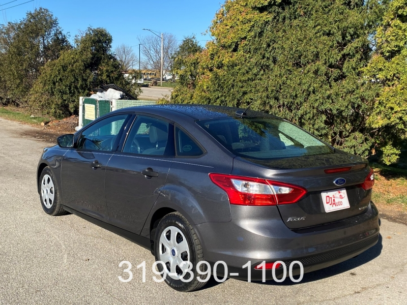 Ford Focus 2013 price $7,400
