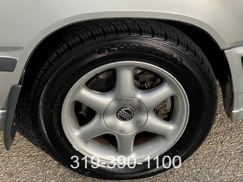 Volvo 850 1993 price $2,450