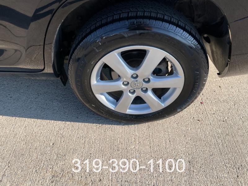 Toyota RAV4 2007 price $8,900