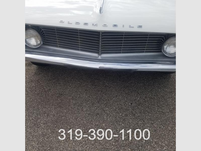 Oldsmobile Eighty-Eight 1962 price $16,450