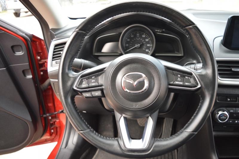 Mazda Mazda3 5-Door 2017 price $11,999