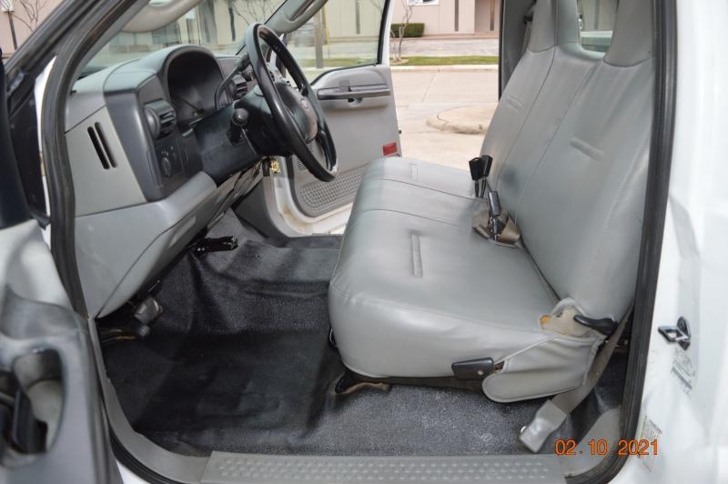 Ford Super Duty F-250 2006 price $9,999