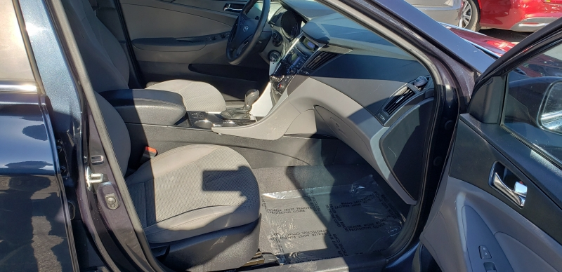 Hyundai Sonata 2013 price $5,700