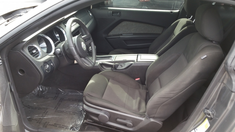 Ford Mustang 2010 price $8,950