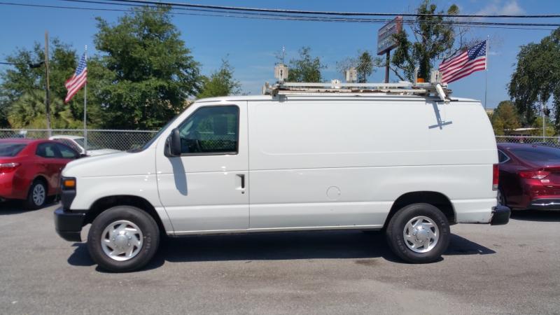 Ford Econoline Cargo Van 2010 price $10,950