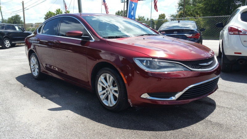 Chrysler 200-Series 2015 price $7,000