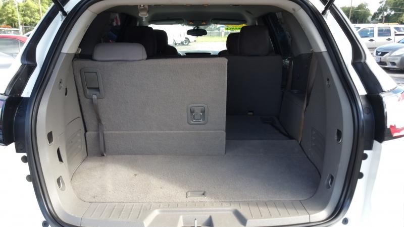 Chevrolet Traverse 2014 price $11,950