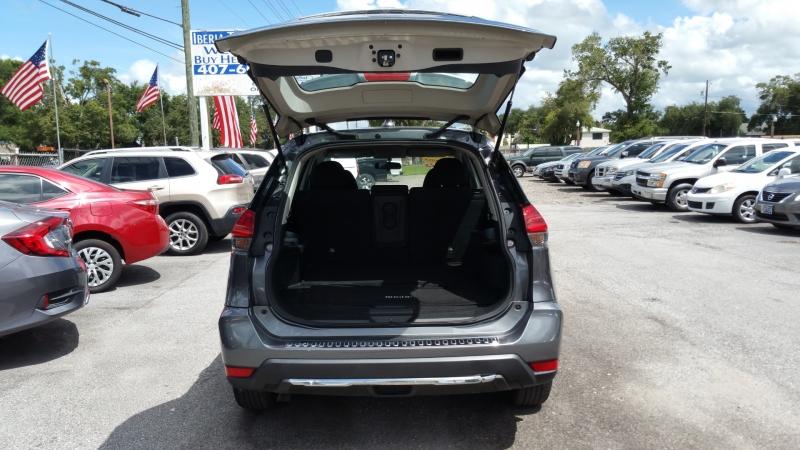 Nissan Rogue 2017 price $13,500