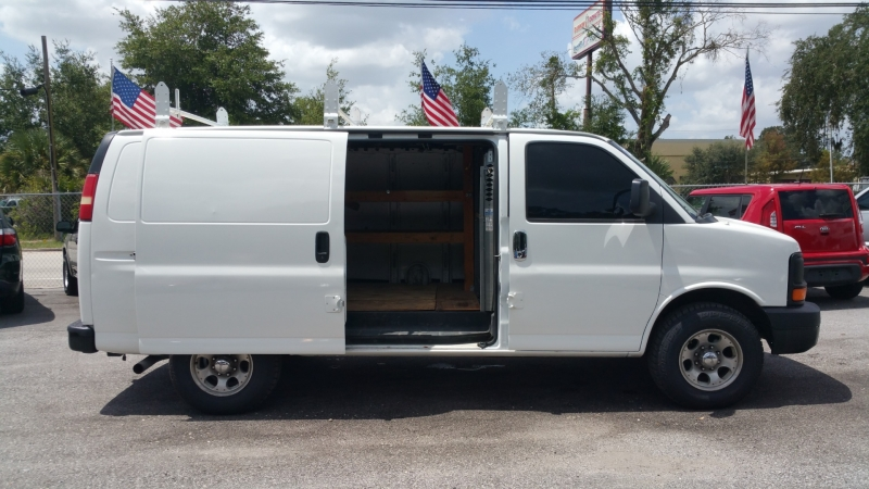 Chevrolet Express Cargo Van 2007 price $7,250