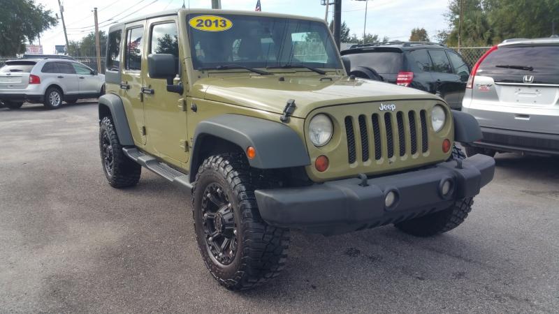 Jeep Wrangler Unlimited 2013 price $20,300