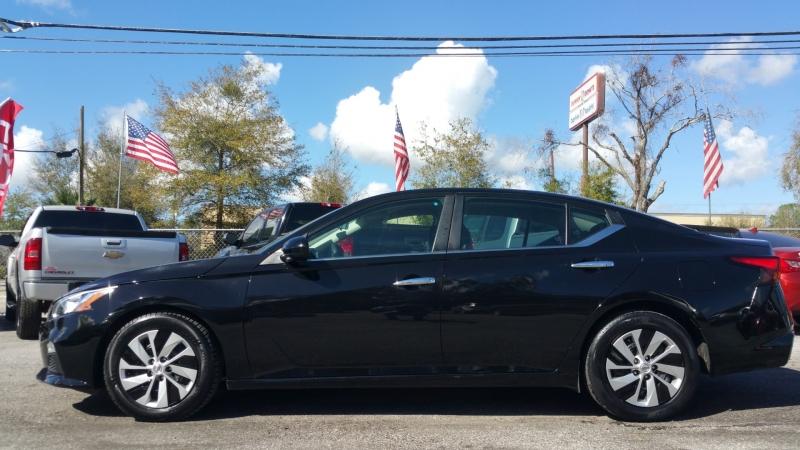 Nissan Altima 2019 price $15,700