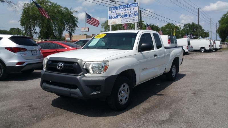 Toyota Tacoma 2015 price $17,500