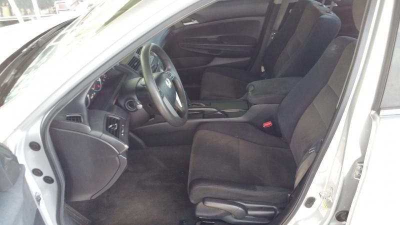 Honda Accord Sdn 2010 price $8,950