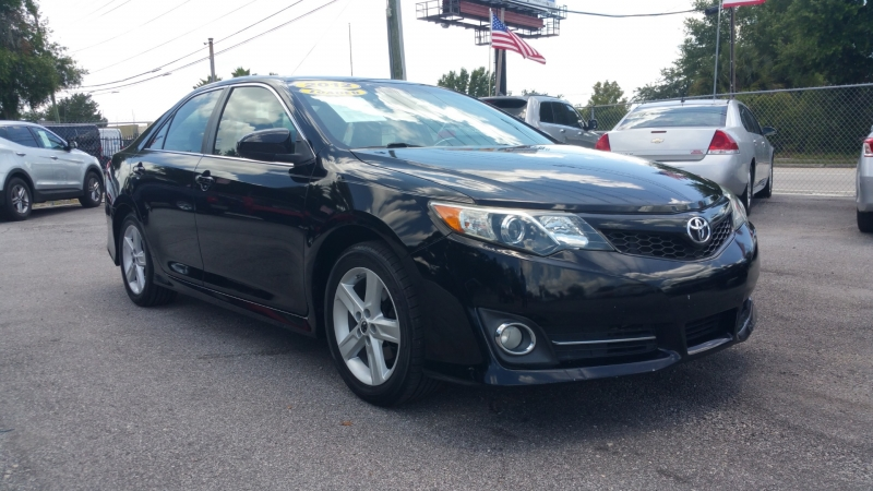 Toyota Camry 2012 price $12,500