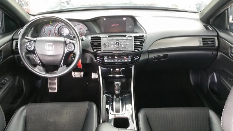Honda Accord Sedan 2016 price $18,950