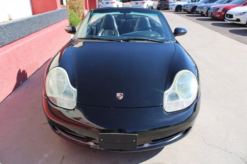 Porsche 911 2000 price $17,995