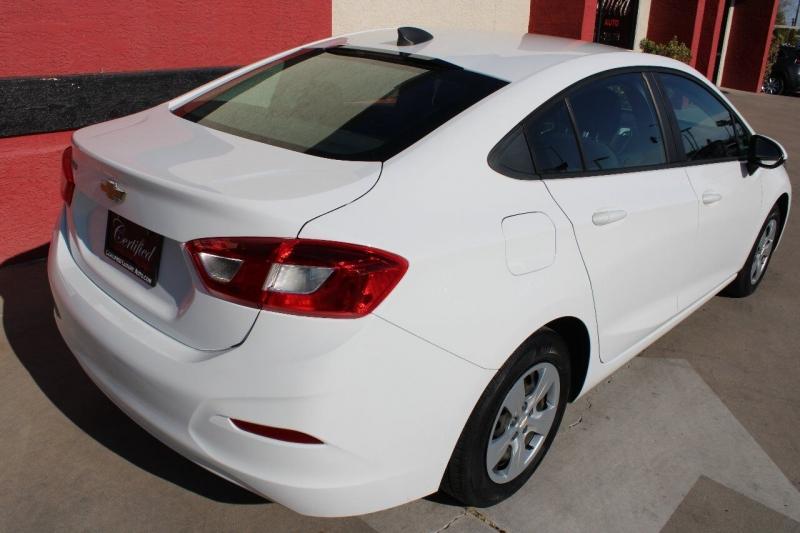 Chevrolet Cruze 2017 price $11,495
