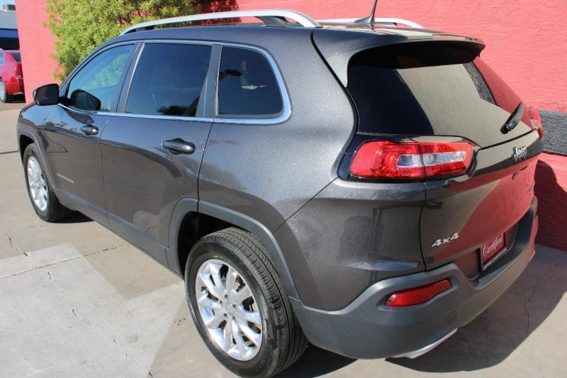 Jeep Cherokee 2016 price $18,995