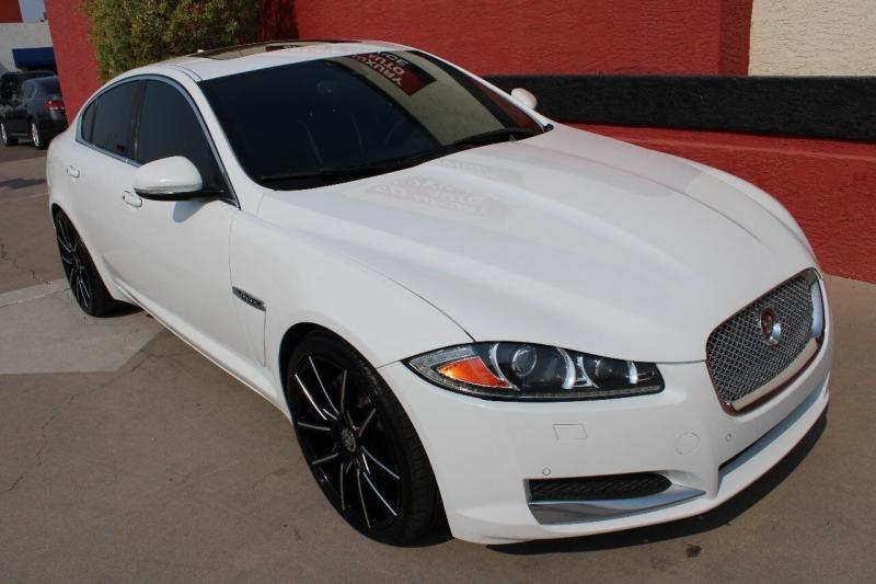 Jaguar XF 2015 price $21,000
