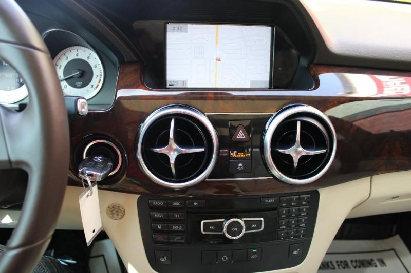 Mercedes-Benz GLK 2013 price $15,595