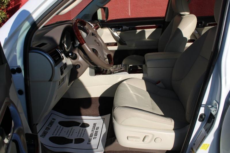 Lexus GX 460 2017 price $41,500