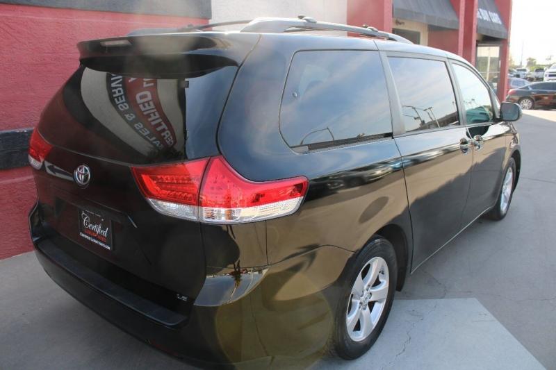 Toyota Sienna 2013 price $13,995