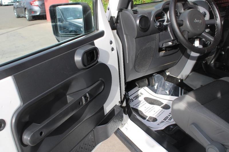 Jeep Wrangler Unlimited 2010 price $25,995
