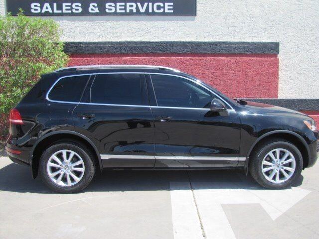 Volkswagen Touareg 2014 price $15,995