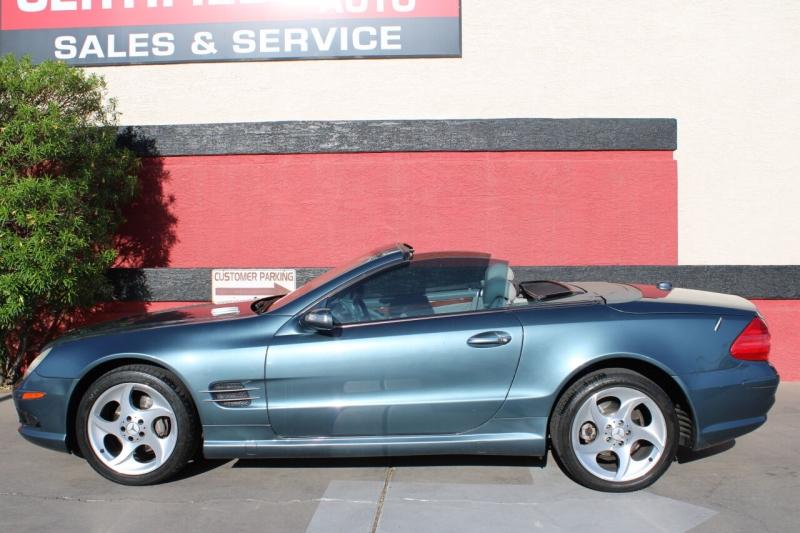 Mercedes-Benz SL-Class 2005 price $14,995
