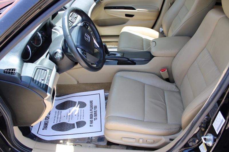 Honda Accord 2011 price $12,995