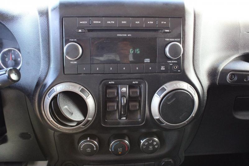 Jeep Wrangler Unlimited 2011 price $25,995