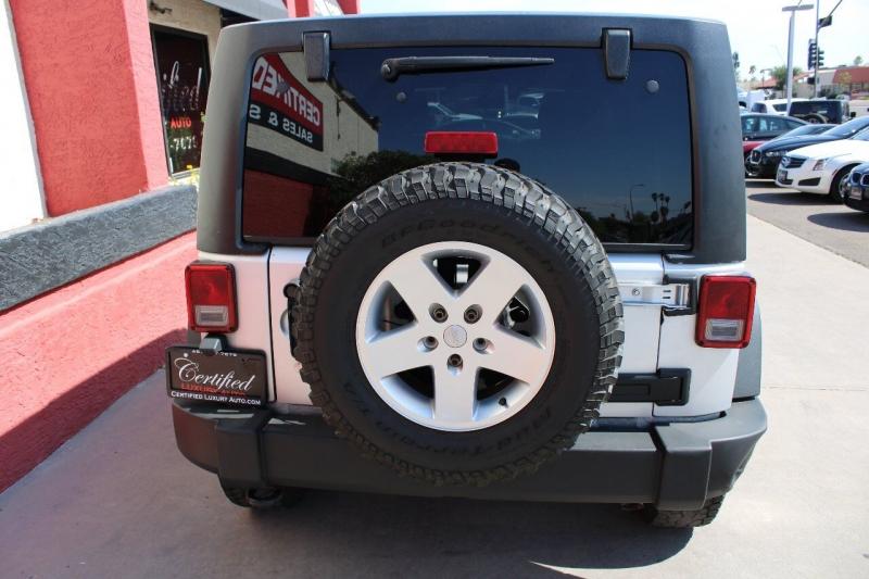 Jeep Wrangler Unlimited 2011 price