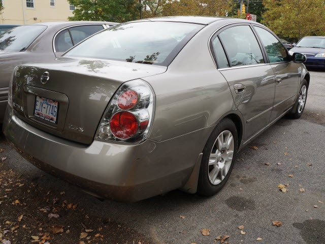 Nissan Altima 2005 price $9,095