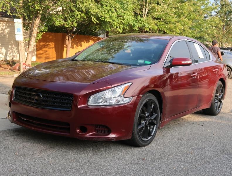 Nissan Maxima 2009 price $8,995