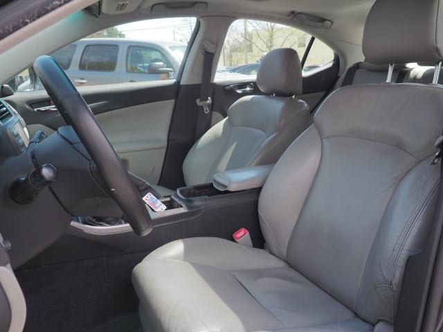 Lexus IS 250 2006 price $9,295