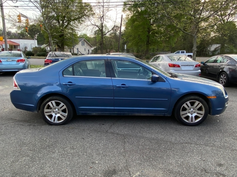 Ford Fusion 2009 price $9,495