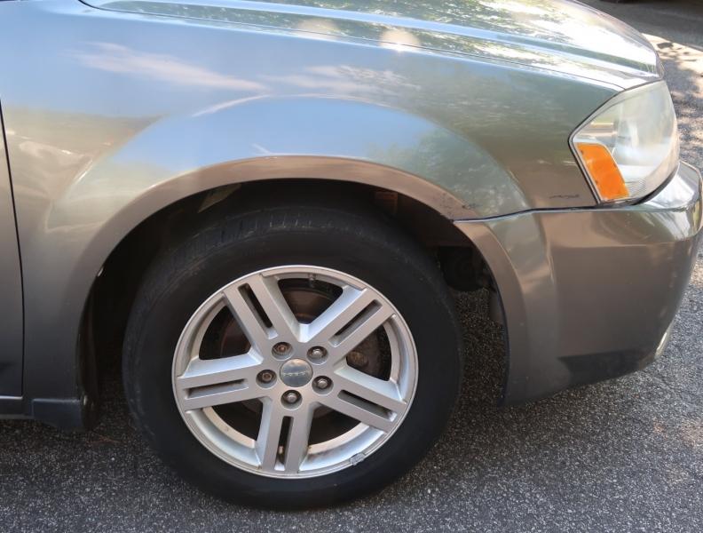 Dodge Avenger 2013 price $8,695