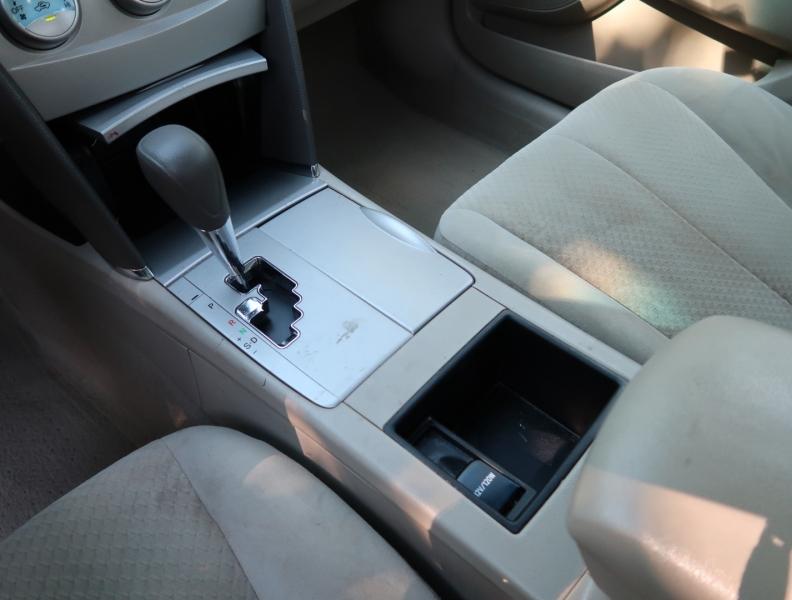 Toyota Camry 2008 price $10,995