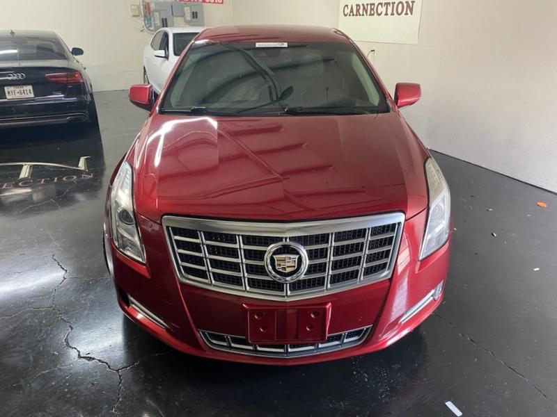 Cadillac XTS 2013 price $17,900