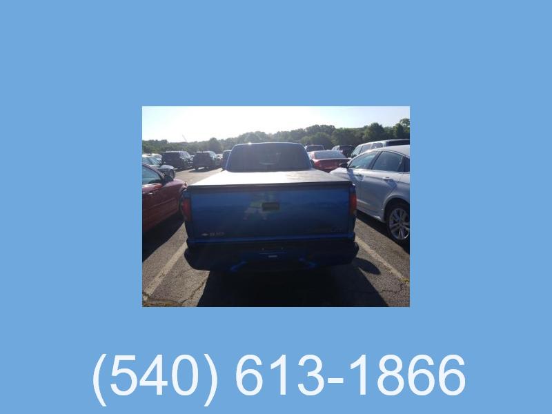 Chevrolet S-10 2001 price $5,495